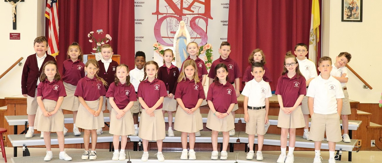 First Grade May Crowning